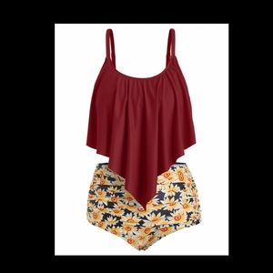 Maroon Top with Sunflower Print Ruched Bottoms, 5X